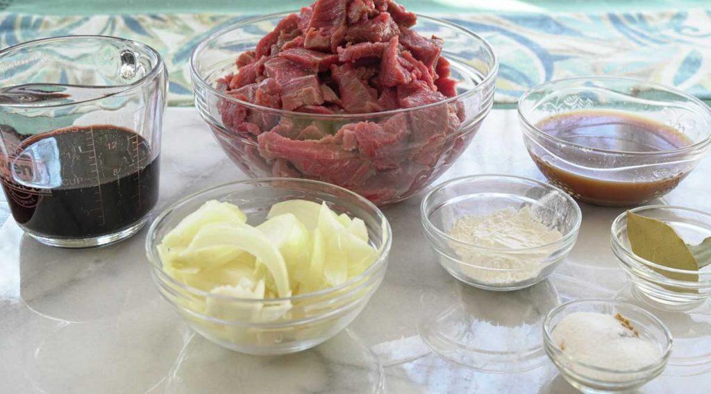 Ingredients for slow cooker sauerbraten