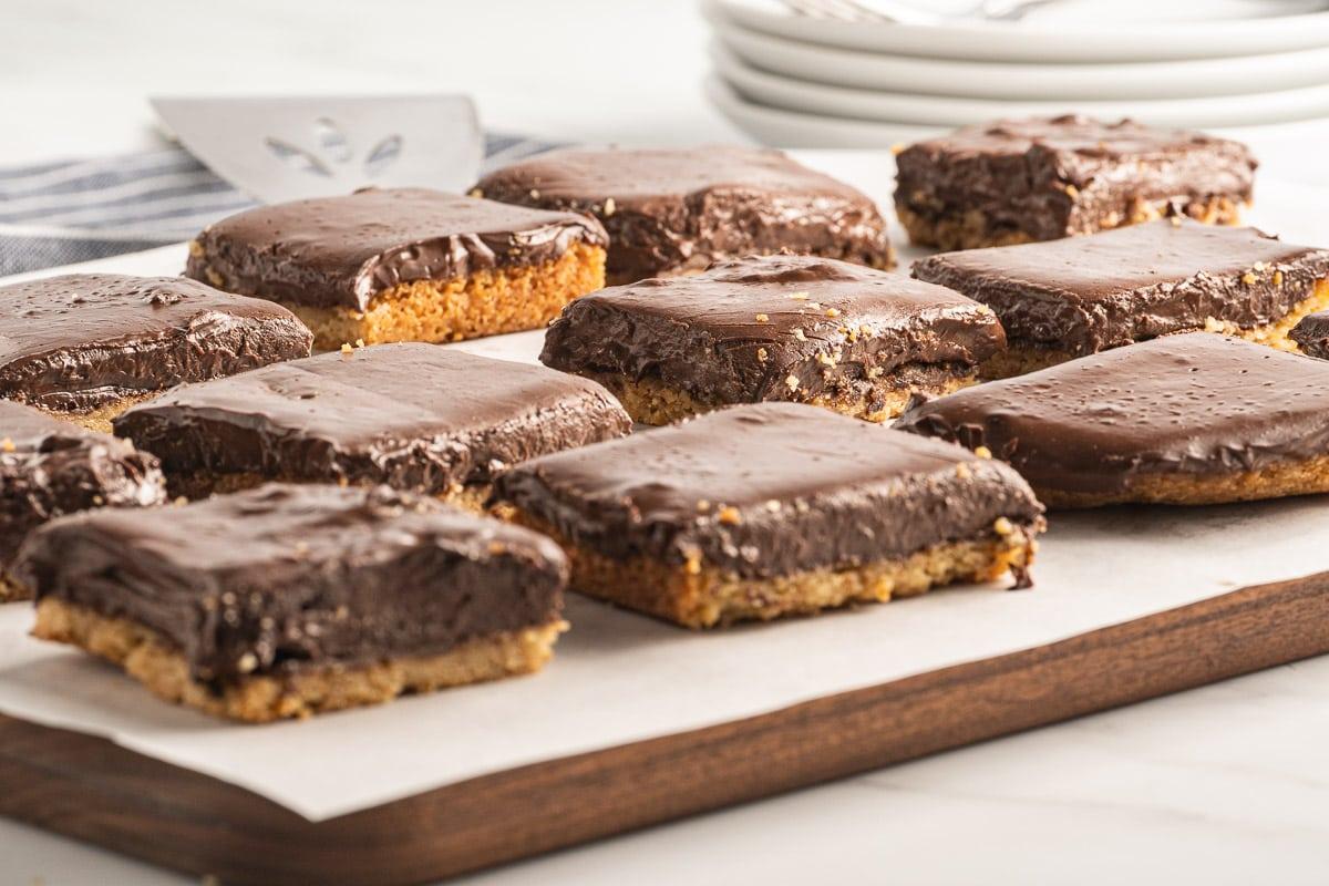 chocolate pudding bars on cutting board