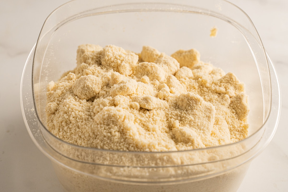 almond flour in container